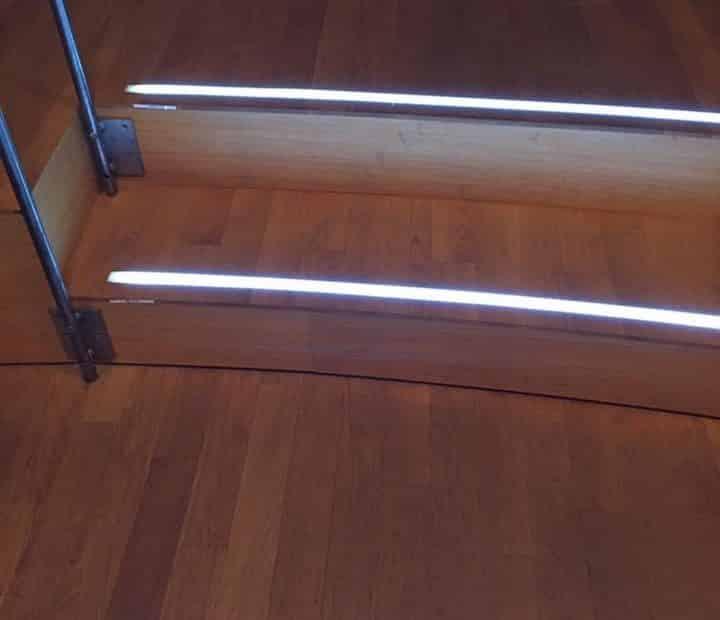 LED-Stufenbeleuchtung-Parkett